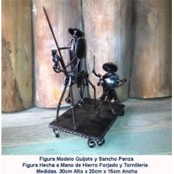 Don Chisciotte nella forgiatura. pezzo fucinato di decorazione. articoli da regalo in ferro battuto. QUIJOTE SANCHO