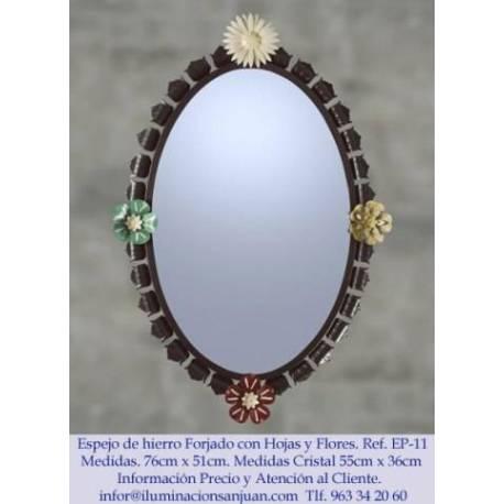 Miroirs en fer forgé rustique. à la main. propre conception