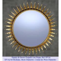 Espelhos rústicos do ferro. Clássico