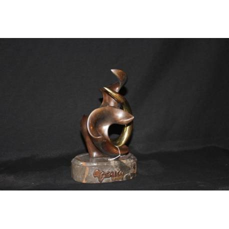 Figura de bronze. Bronze de África. feito à mão