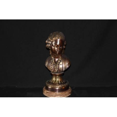Figura de bronce. Busto de bronce. Doncel. hecho a mano