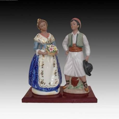 Figurines en porcelaine. Couple de falleros avec socle en bleu. Série limitée