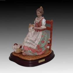 Estatuetas de porcelana. Bordado do século XVIII com os footboards, série limitada