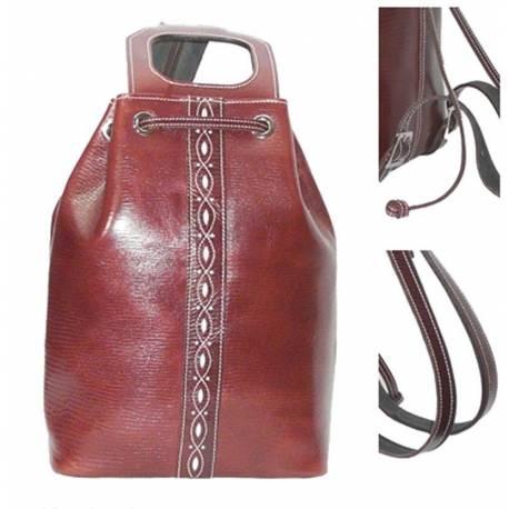 Couro de grande mochila em couro escuro. feito à mão. moda vintage. Dom. série limitada