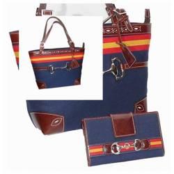 Borsa e borsa con bandiera della Spagna. fatto a mano. negozio di souvenir. regalo. esclusiva serie
