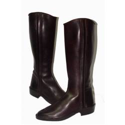 Smooth cowboy boots. in leather. Classic. handmade. vintage design. buy. exclusivity