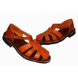 sandálias de couro trançado. feito à mão. projeto vintage. Compro. exclusividade