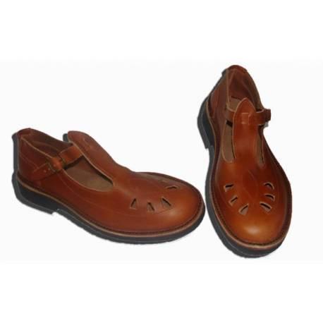 sandalias cerradas en cuero. hecho a mano. diseño vintage. comprar. exclusividad