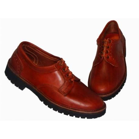 mocassins. sapatos de couro natural. com cordões. feito à mão. projeto vintage. Compro. exclusividade