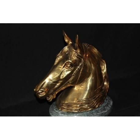 Figura de bronce. Caballo para guardar bombones. hecho a mano